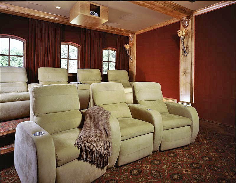 Home-Theater-Indoors-800px